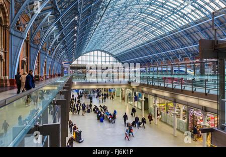 St Pancras International railway station, London, England, UK - Stock Photo