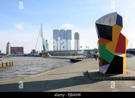 Marathon Statue (2001, Henk Visch)  at Boompjes / Leuvehaven, in background Erasmus Bridge & 'De Rotterdam'  building - Stock Photo