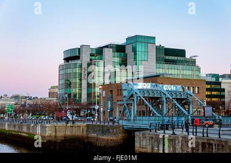 IFSC House, Dublin, Ireland, International Financial Services Centre by River Liffey - Stock Photo