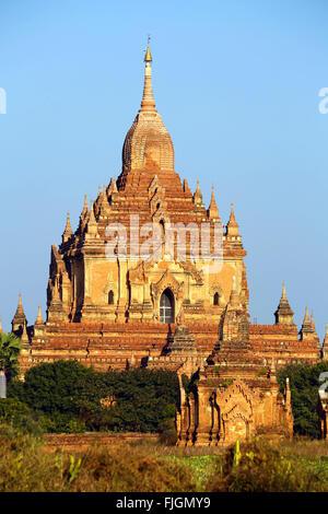 Htilominlo Temple Pagoda on the Plain of Bagan, Bagan, Myanmar (Burma) - Stock Photo