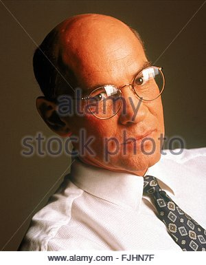 MITCH PILEGGI THE X FILES (1993) - Stock Photo