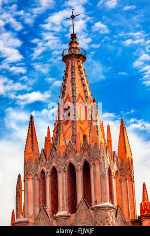 Parroquia Archangel church Steeple Cross San Miguel de Allende, Mexico. Parroquia created in 1600s. - Stock Photo