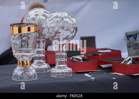 Arosa, Switzerland. 4th March, 2016. The FIS Crystal globes and Medals are ready for the World Cup winners at the - Stock Photo