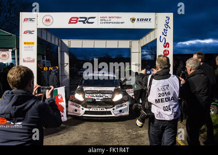 Newtown Powys, Wales, UK. 5th March, 2016. Elfyn Evans MSA Mid Wales rally stages start Newtown Powys 5-3-16 Credit: - Stock Photo