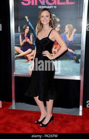 Sarah ramos new york premiere of how to be single at the nyu world premiere of how to be single red carpet arrivals featuring sarah ccuart Image collections