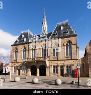 The town hall in Bishop Auckland Market Square, Co. Durham, England, UK - Stock Photo