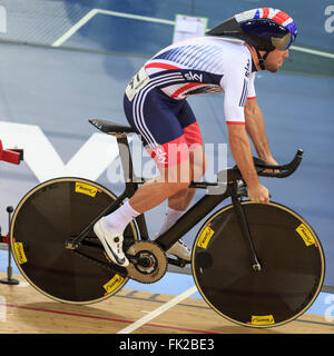 London, UK, 5 March 2016. UCI 2016 Track Cycling World Championships. Great Britain's Mark Cavendish competes in - Stock Photo