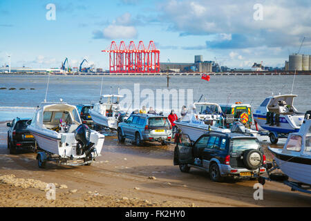 New Brighton, Wallasey.  6th March 2016. UK Weather.   Mother's Day Sea Fishing Competition.  Anglers Sea fishing - Stock Photo