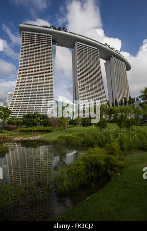 Marina Bay Sands is a multibillion dollar resort at Marina Bay Singapore. The complex was eveloped by Las Vegas - Stock Photo