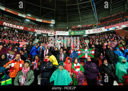 Gijon, Spain. 6th March, 2016. Supporters of Athletic Club during the football match of Spanish 'La Liga' between - Stock Photo