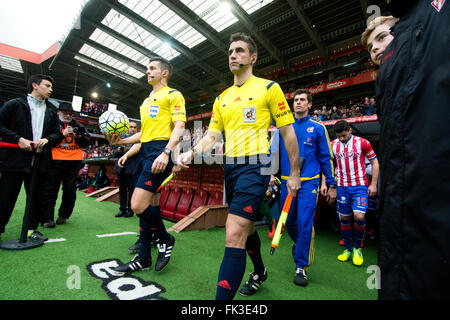 Gijon, Spain. 6th March, 2016. Carlos del Cerro (referee) during the football match of Spanish 'La Liga' between - Stock Photo