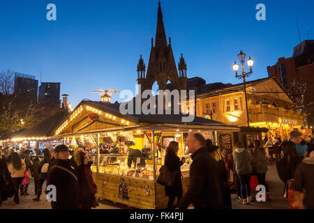 Manchester Christmas Market in front of the Town Hall in Albert Square. - Stock Photo