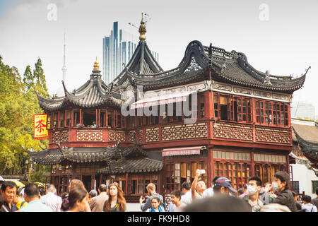 ... Tea House And Crowds In Yuyuan Tourist Mart, Shanghai, China   Stock  Photo