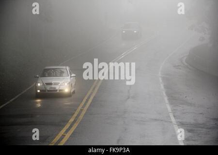 Fog on Highway Oswaldo Cruz SP-125 in the hills to Ubatuba - São Paulo north shore - Stock Photo