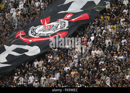 Twisted Sport Club Corinthians during the match between Sao Paulo and Corinthians - Stock Photo
