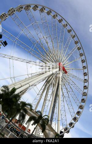 Ferris wheel of Asiatique is landmark of bangkok - Stock Photo