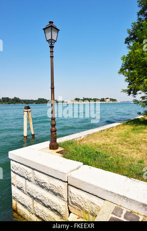 how to get to lido venice by car