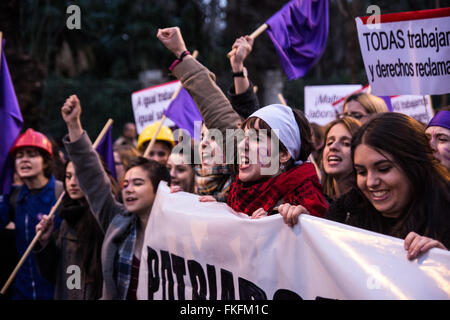 Madrid, Spain. 08th Mar, 2016. Women demonstrating on International Women's Day . They are demanding equality between - Stock Photo