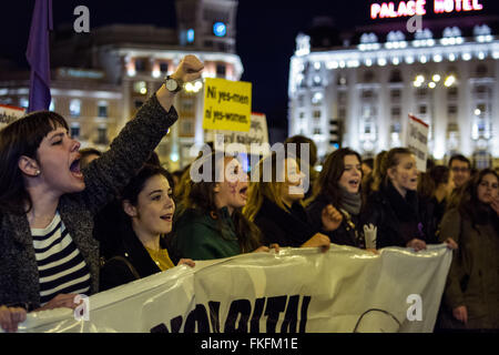 Madrid, Spain. 08th Mar, 2016. Women demonstrating on International Women's Day. They are demanding equality between - Stock Photo