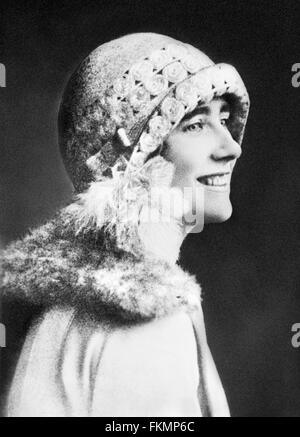Elizabeth Bowes-Lyon, wife of King George VI and mother of Queen Elizabeth II.  Photo taken in March 1927, when - Stock Photo