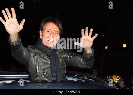Cliff Richard returns to the Hall as part of his 75th Birthday Tour. Celebrating his 56th anniversary in the music - Stock Photo