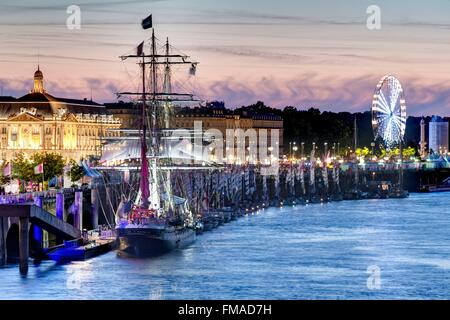 France, Gironde, Bordeaux, area listed as World Heritage by UNESCO, River Festival 2015, overview - Stock Photo