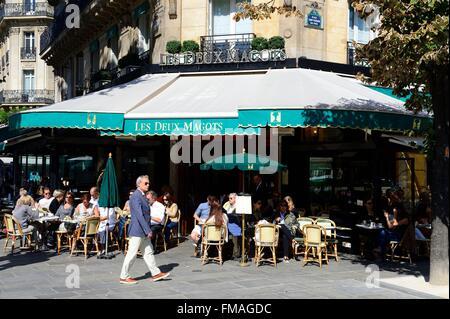 France, Paris, St Germain des Pres, the cafe restaurant Les Deux Magots - Stock Photo