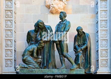 Spain, Catalonia, Barcelona, Sculpture group in the Barri Gotic - Stock Photo