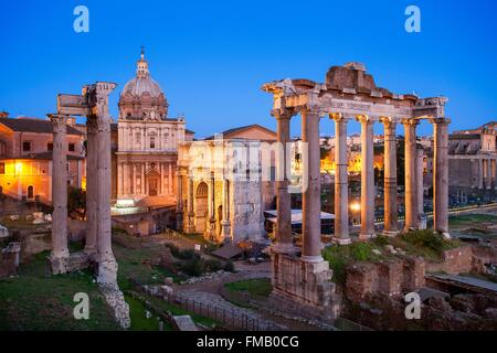 Italy, Lazio, Rome, historical center listed as World Heritage by UNESCO, the Roman Forum and the Arch of Septimius - Stock Photo