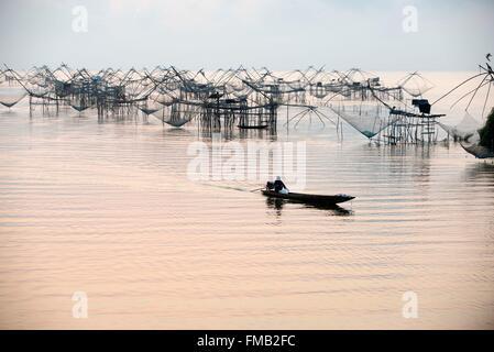 Thailand, Fishing in plaice, Sunrise, Fisherman boat - Stock Photo