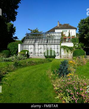 France, Paris, house of the gardening in the Park of Bercy - Stock Photo