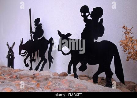 Spain, Castilla-La Mancha, province of Toledo, Don Quixote and Sancho figurines Pasa - Stock Photo