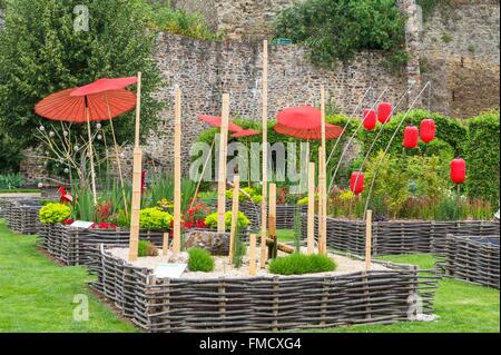 France, Mayenne, Chateau Gontier, the medieval garden - Stock Photo