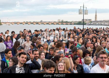 France, Gironde, Bordeaux, area listed as World Heritage by UNESCO, River Festival 2015, concert Charlie Winston - Stock Photo