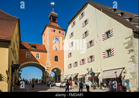 Brückturm city gate and Salzstadel with Visitor Centre World Heritage in the old town, Regensburg, Upper Palatinate, - Stock Photo