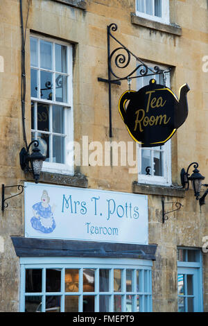 Mrs T Potts Tearoom, Moreton in Marsh, Cotswolds, Gloucestershire, England - Stock Photo