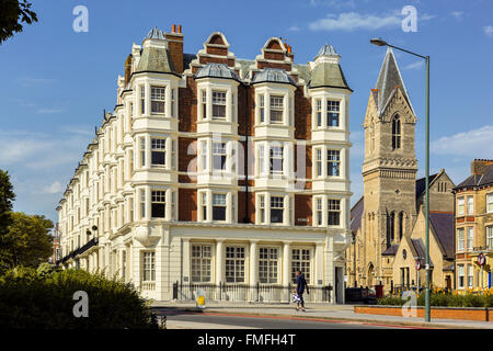 Brighton and Hove regency / Edwardian / Victorian architecture, illustrating it's past. tenements UK - Stock Photo