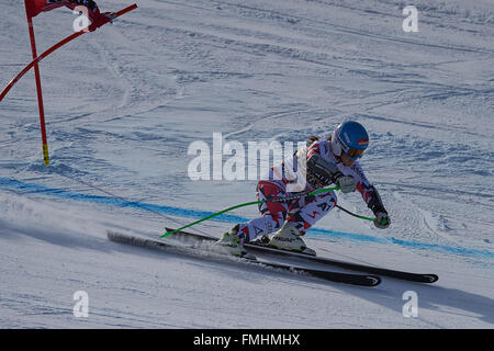 Lenzerheide, Switzerland. 12th March, 2016. Elisabeth Goergl (AUT) during her run in the Ladies' Super G at the - Stock Photo