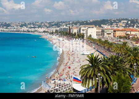 Nice, French Riviera, Cote d'Azur, France.  Beach & Promenade des Anglais seen from Parc de la Colline du Chateau - Stock Photo
