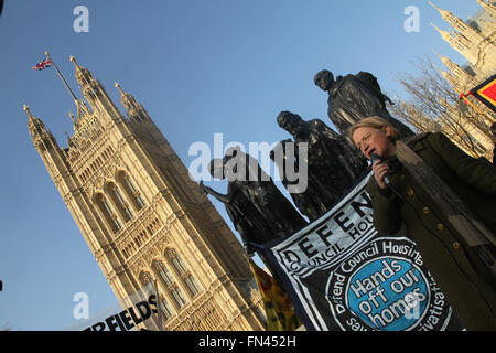 London, UK. 13 March 2016. Green Party leader Natallie Bennet address the thousands of protesters assembled at Westminster Park  to oppose the Government's Housing Bill. They were demanding for secure homes for all, rent controls and homes for people not for profit. Credit:  david mbiyu/Alamy Live News