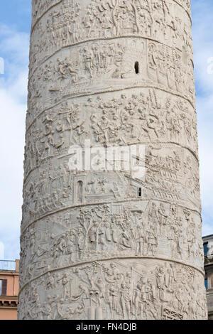 Detail of spiral frieze on Trajan's column - Stock Photo