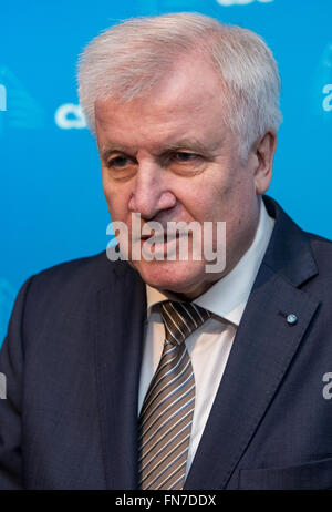 Munich, Germany. 14th Mar, 2016. The Premier of Bavaria, Horst Seehofer (CSU) arrives for the CSU party executive meeting in Munich, Germany, 14 March 2016. Seehofer criticized Merkel's refugee policies and called it the main reason for the losses of the CDU in the state parliament elections. Photo: Sven Hoppe/dpa/Alamy Live News