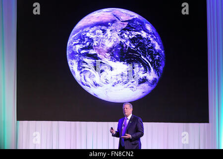 Pasay City, Philippines. 14th Mar, 2016. Environmentalist and former U.S. Vice President Al Gore speaks during the - Stock Photo