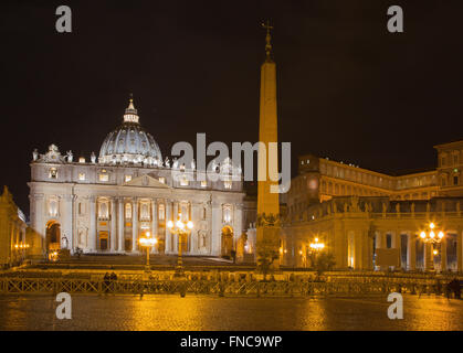 Rome - St. Peter's Basilica - 'Basilica di San Pietro' and the square at night before of Palm Sunday. - Stock Photo
