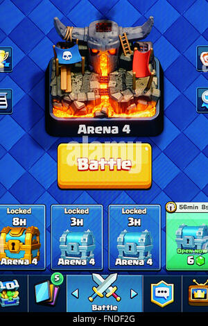 Clash Royale - Battle Home Screen - Stock Photo