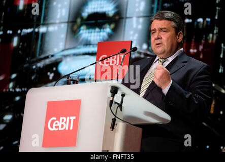 Hanover, Germany. 14th Mar, 2016. German Economy Minister Sigmar Gabriel (SPD) speaking during the Welcome Night - Stock Photo