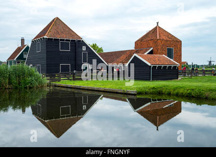 Amsterdam, Waterland district, Zaandam, typical country houses - Stock Photo