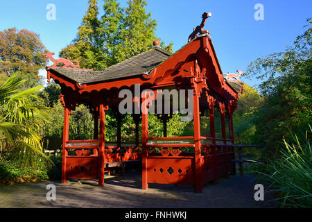 Chinese pavilion, Royal Botanic Garden, Edinburgh, Scotland, UK - Stock Photo
