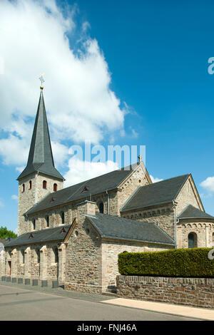 Deutschland, Rhein-Sieg-Kreis, Lohmar, St. Johannes Enthauptung - Stock Photo