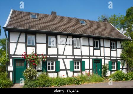 Deutschland, Rhein-Sieg-Kreis, Lohmar, Donrath - Stock Photo
